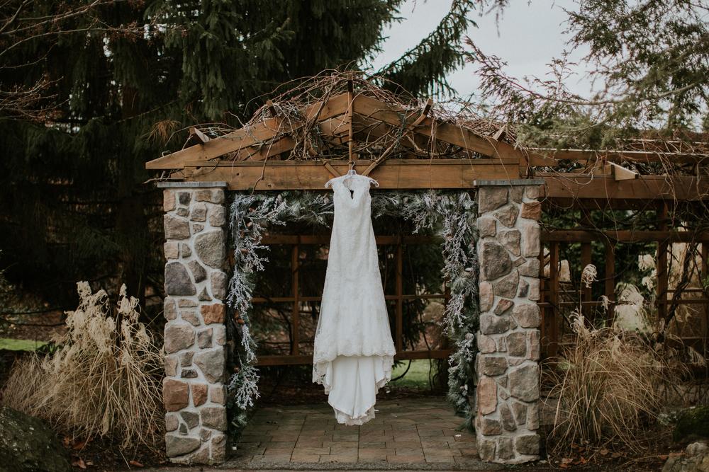 Ashley-reed-photography-pittsburgh-wedding-photographer-ashley-reed-pocconos-pa-mountain-top-wedding.jpg