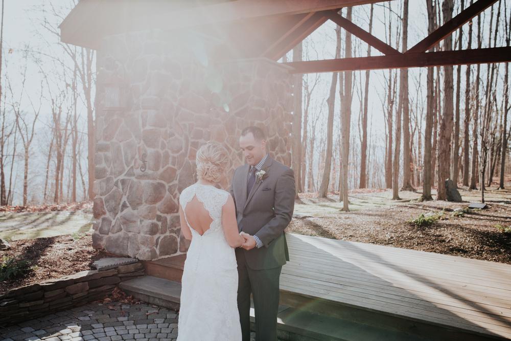Ashley-reed-photography-pittsburgh-wedding-photographer-ashley-reed-pocconos-pa-mountain-top-wedding-48.jpg