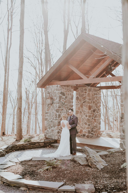 Ashley-reed-photography-pittsburgh-wedding-photographer-ashley-reed-pocconos-pa-mountain-top-wedding-47.jpg