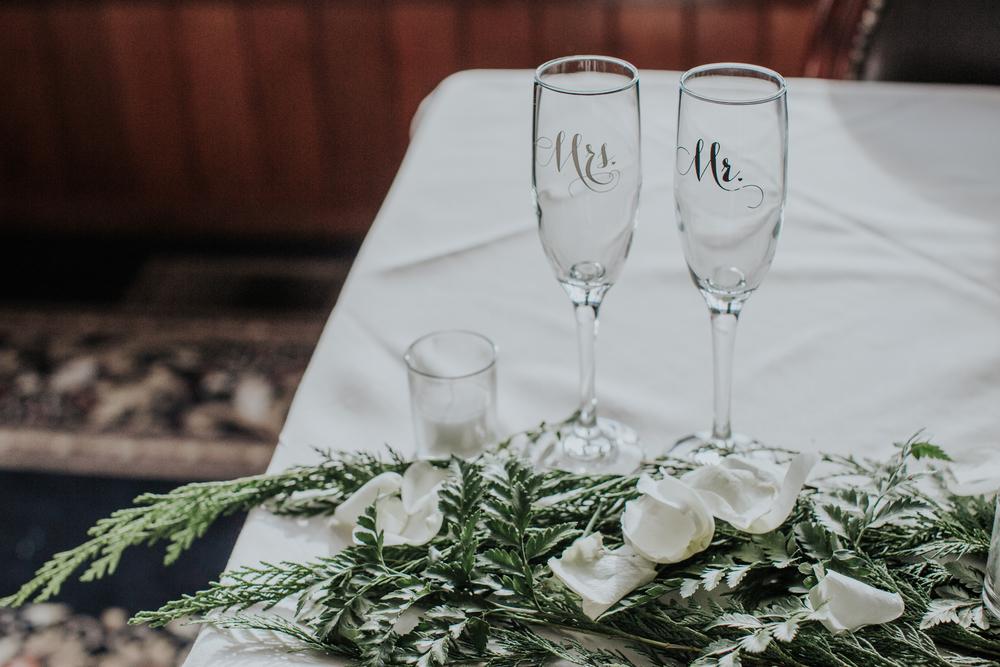 Ashley-reed-photography-pittsburgh-wedding-photographer-ashley-reed-pocconos-pa-mountain-top-wedding-69.jpg