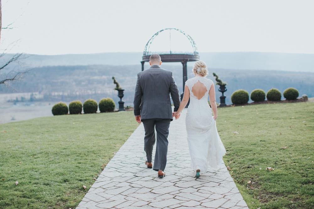 Ashley-reed-photography-pittsburgh-wedding-photographer-ashley-reed-pocconos-pa-mountain-top-wedding-73.jpg
