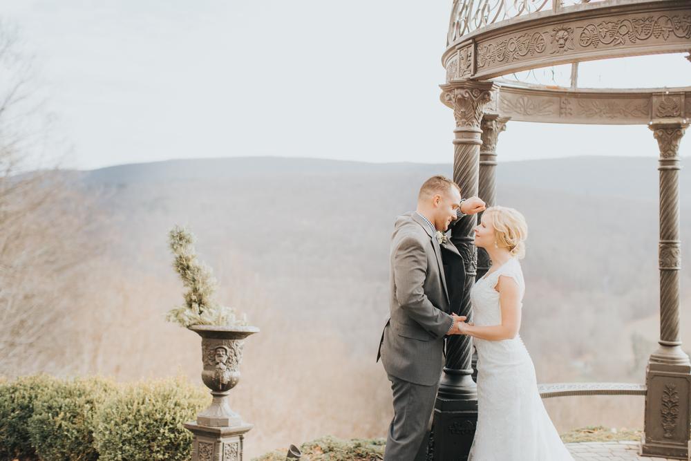 Ashley-reed-photography-pittsburgh-wedding-photographer-ashley-reed-pocconos-pa-mountain-top-wedding-83.jpg
