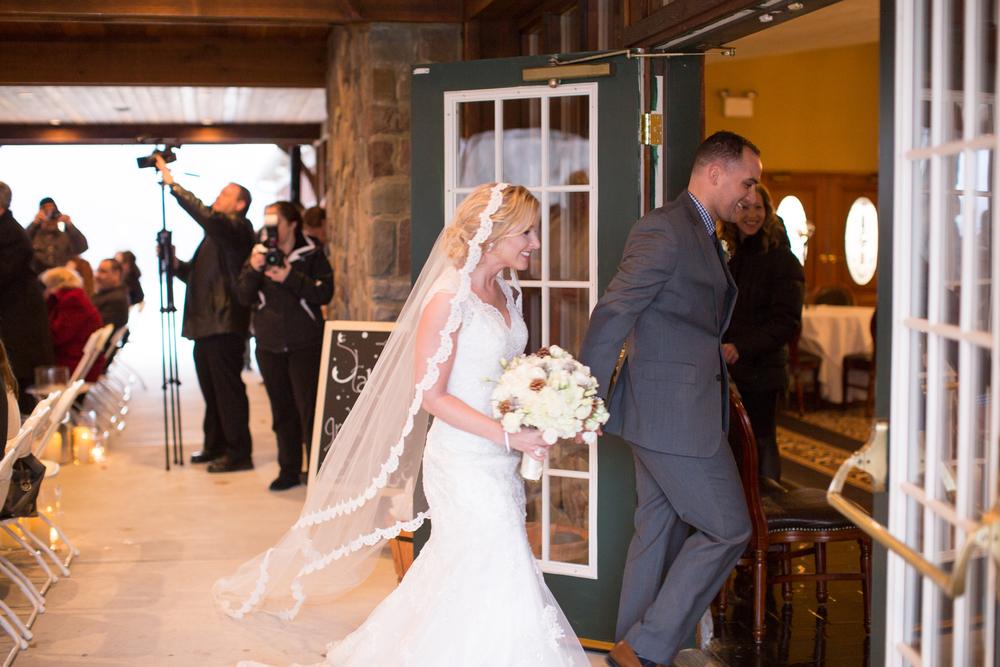 Ashley-reed-photography-pittsburgh-wedding-photographer-ashley-reed-pocconos-pa-mountain-top-wedding-96.jpg