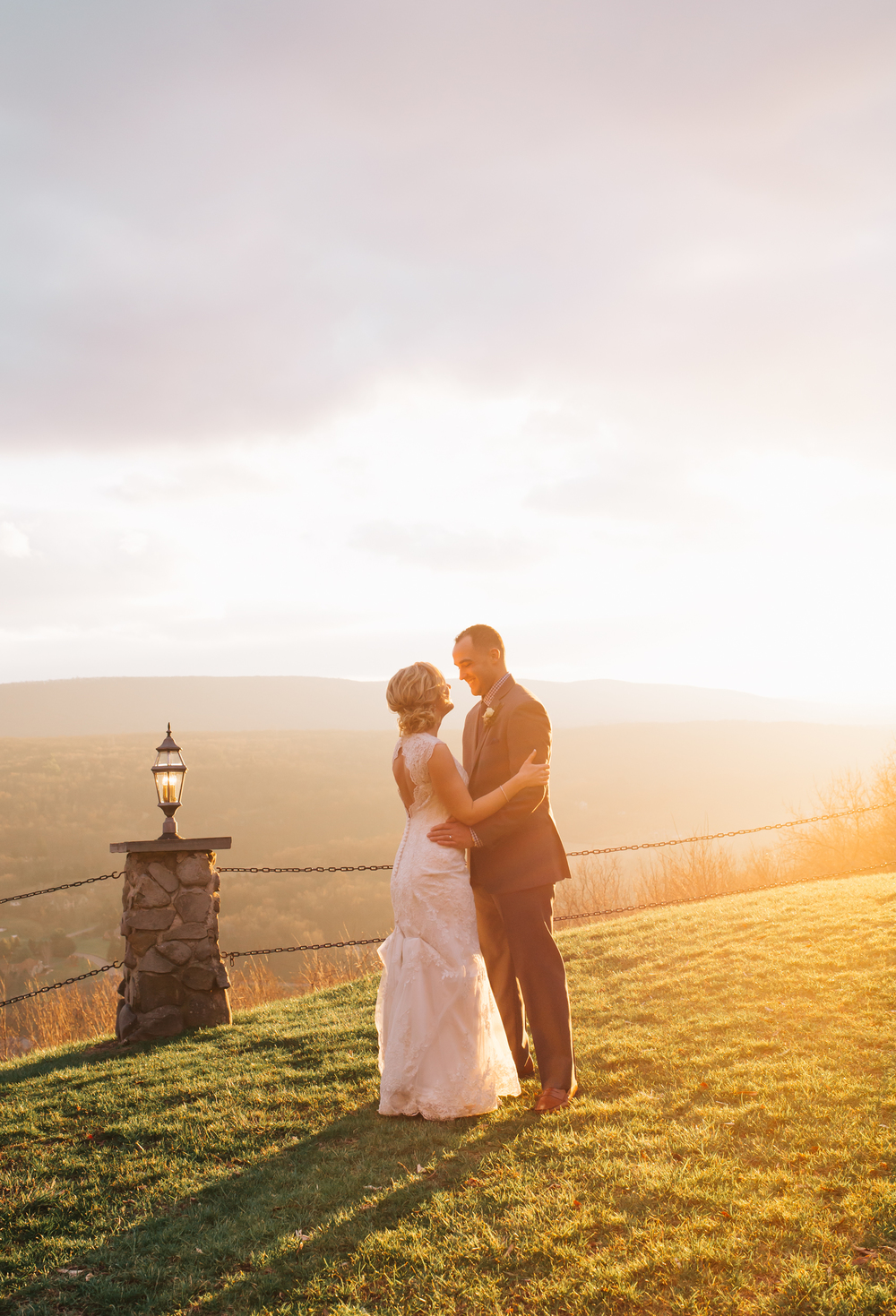 Ashley-reed-photography-pittsburgh-wedding-photographer-ashley-reed-pocconos-pa-mountain-top-wedding-97.jpg