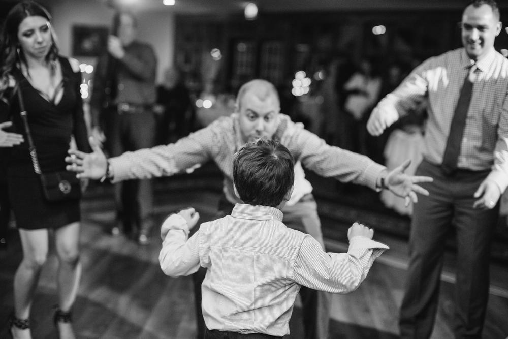 Ashley-reed-photography-pittsburgh-wedding-photographer-ashley-reed-pocconos-pa-mountain-top-wedding-114.jpg