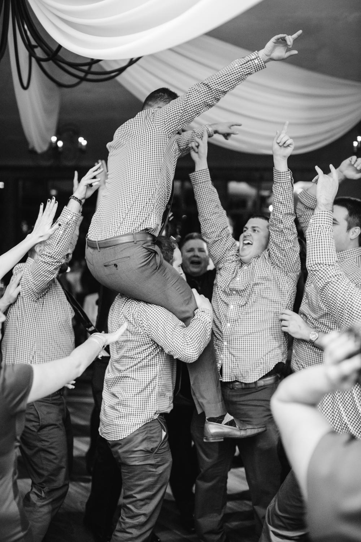 Ashley-reed-photography-pittsburgh-wedding-photographer-ashley-reed-pocconos-pa-mountain-top-wedding-121.jpg
