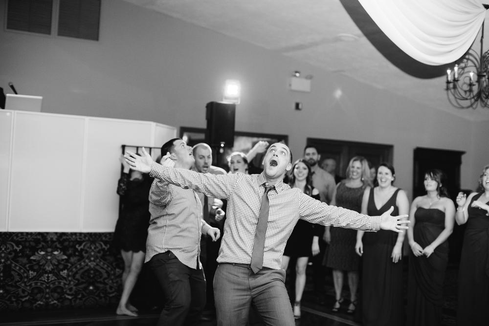 Ashley-reed-photography-pittsburgh-wedding-photographer-ashley-reed-pocconos-pa-mountain-top-wedding-126.jpg