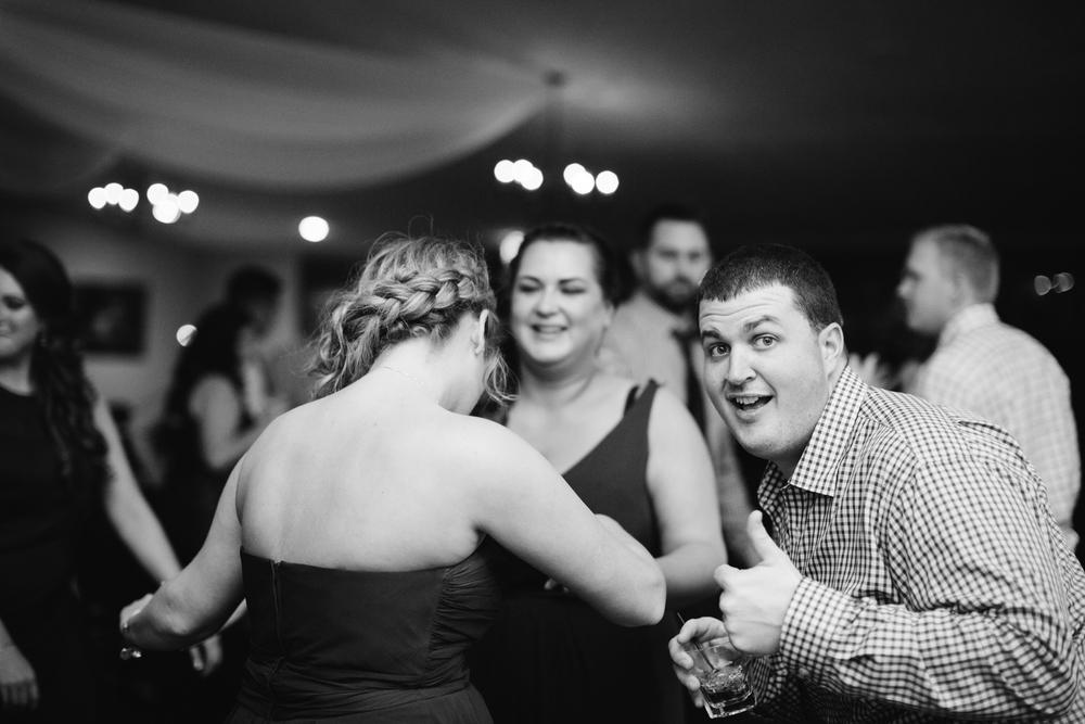 Ashley-reed-photography-pittsburgh-wedding-photographer-ashley-reed-pocconos-pa-mountain-top-wedding-129.jpg