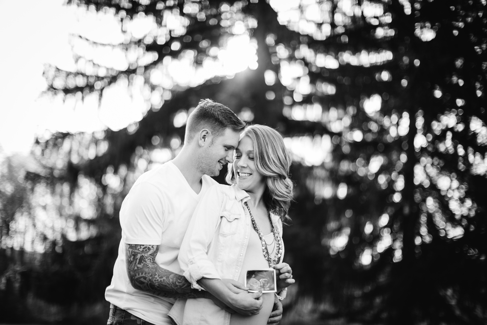 south_park_maternity_session_pittsburgh_photos-11.jpg