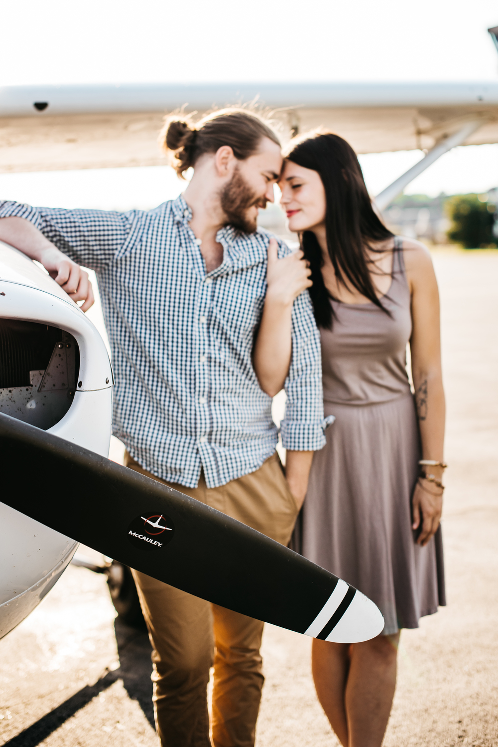 Pittsburgh_airplane_engagement_session005.jpg