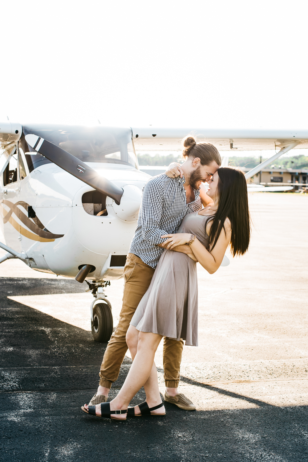 Pittsburgh_airplane_engagement_session010.jpg