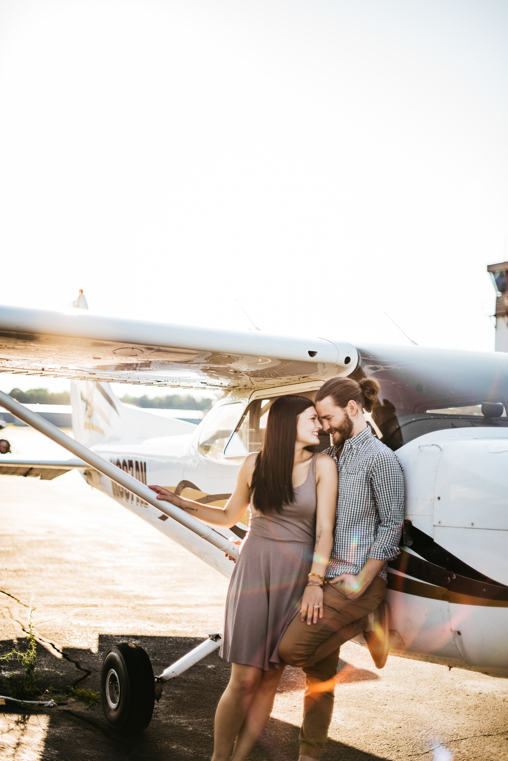 Pittsburgh_airplane_engagement_session018.jpg
