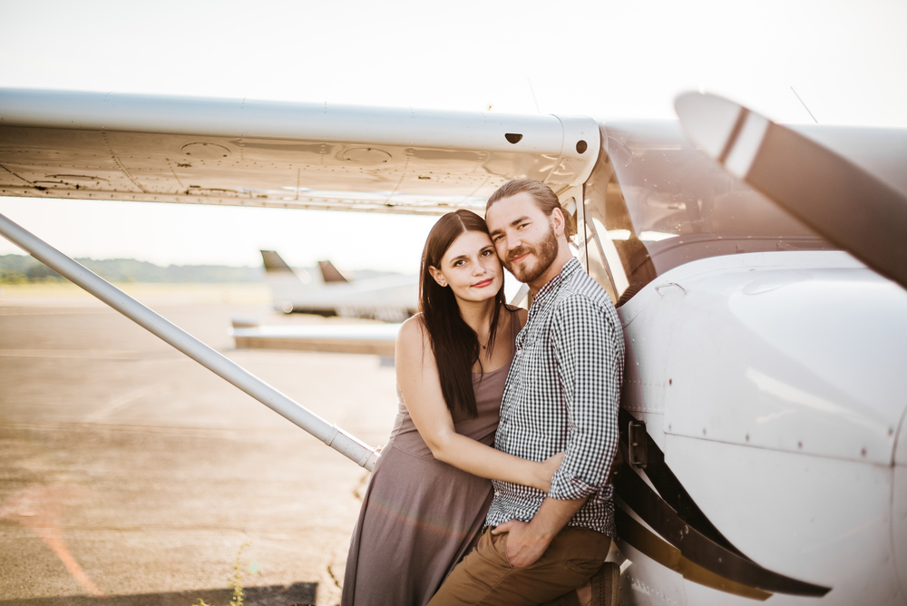 Pittsburgh_airplane_engagement_session022.jpg