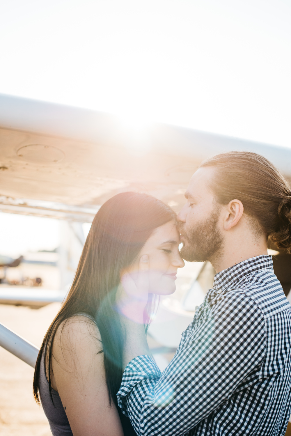 Pittsburgh_airplane_engagement_session029.jpg