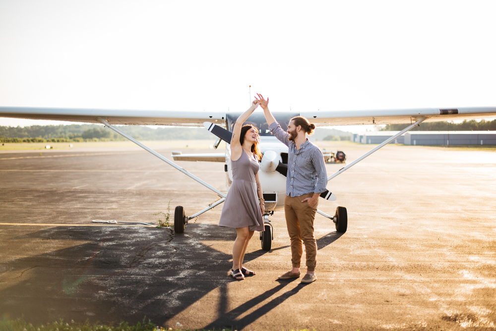 Pittsburgh_airplane_engagement_session035.jpg