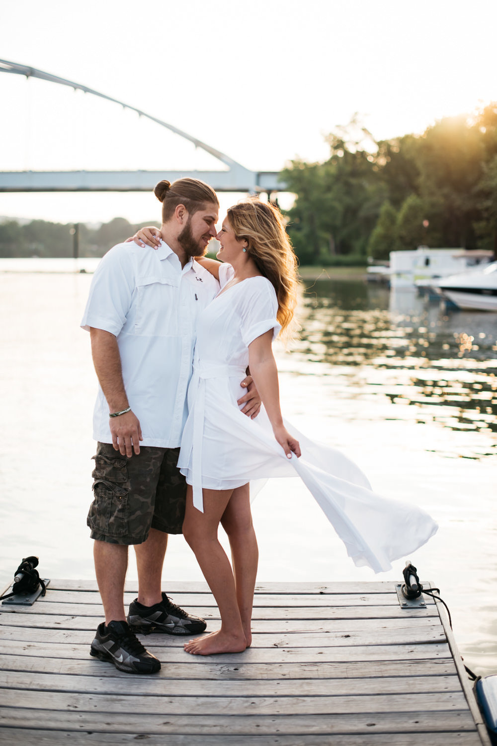 pittsburgh_boat_engagement_session_-14.jpg