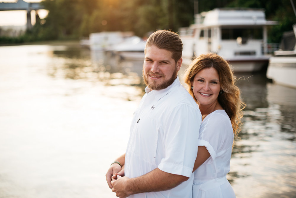 pittsburgh_boat_engagement_session_-16.jpg