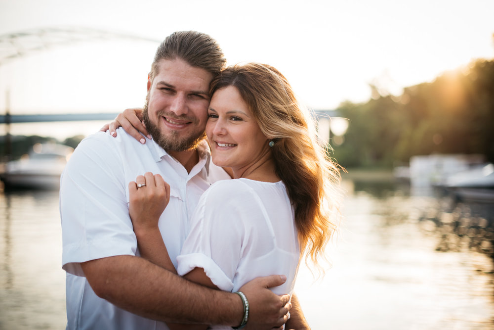 pittsburgh_boat_engagement_session_-13.jpg