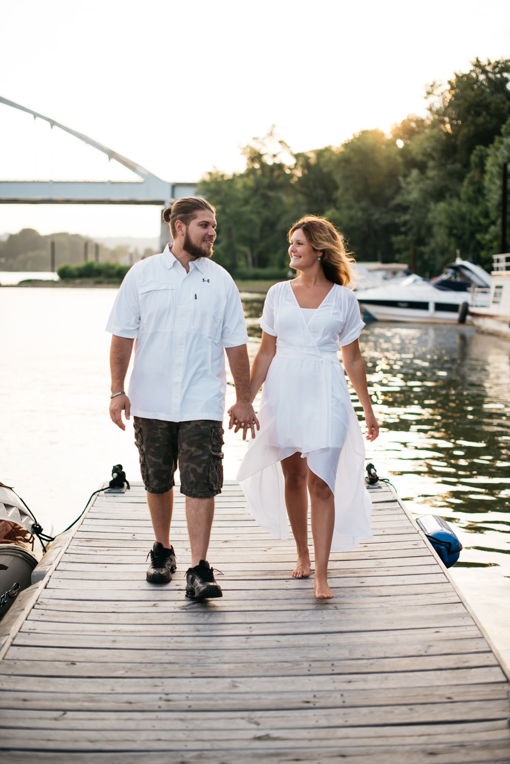pittsburgh_boat_engagement_session_-17.jpg