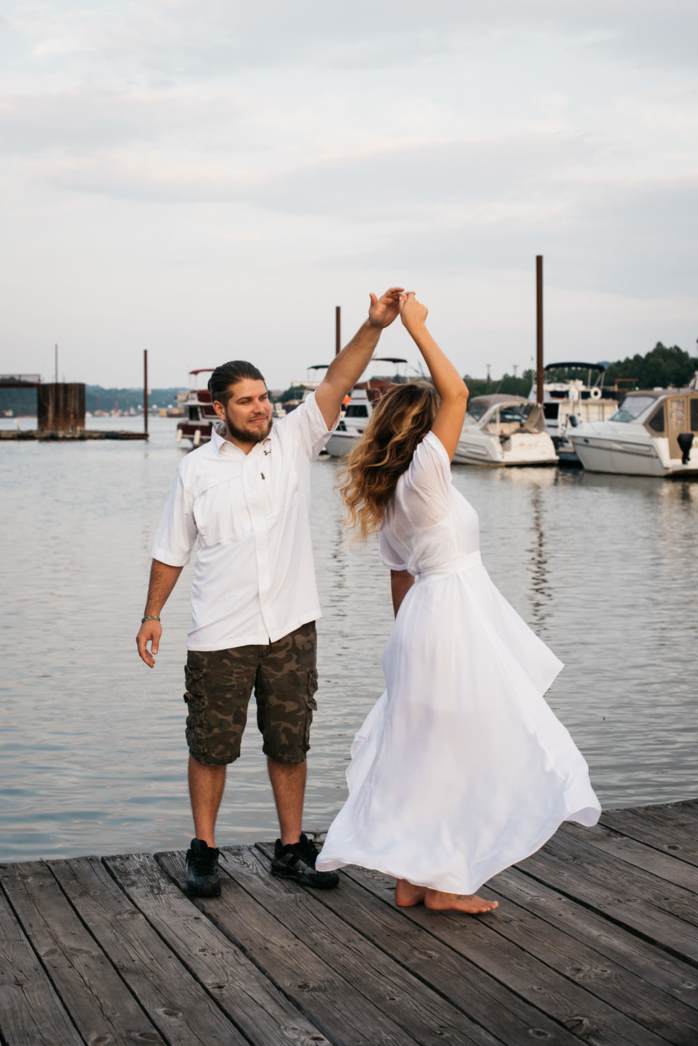 pittsburgh_boat_engagement_session_-20.jpg