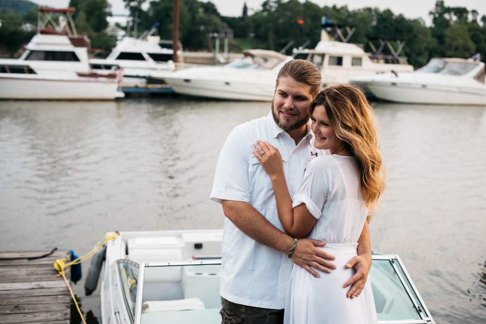 pittsburgh_boat_engagement_session_-23.jpg