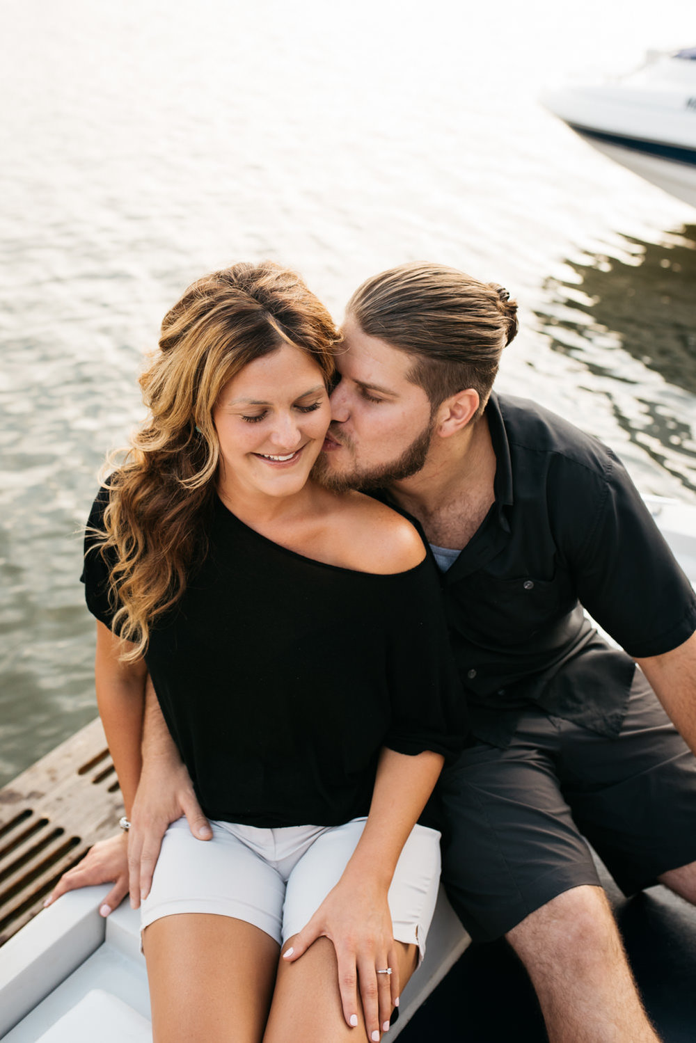 pittsburgh_boat_engagement_session_-33.jpg