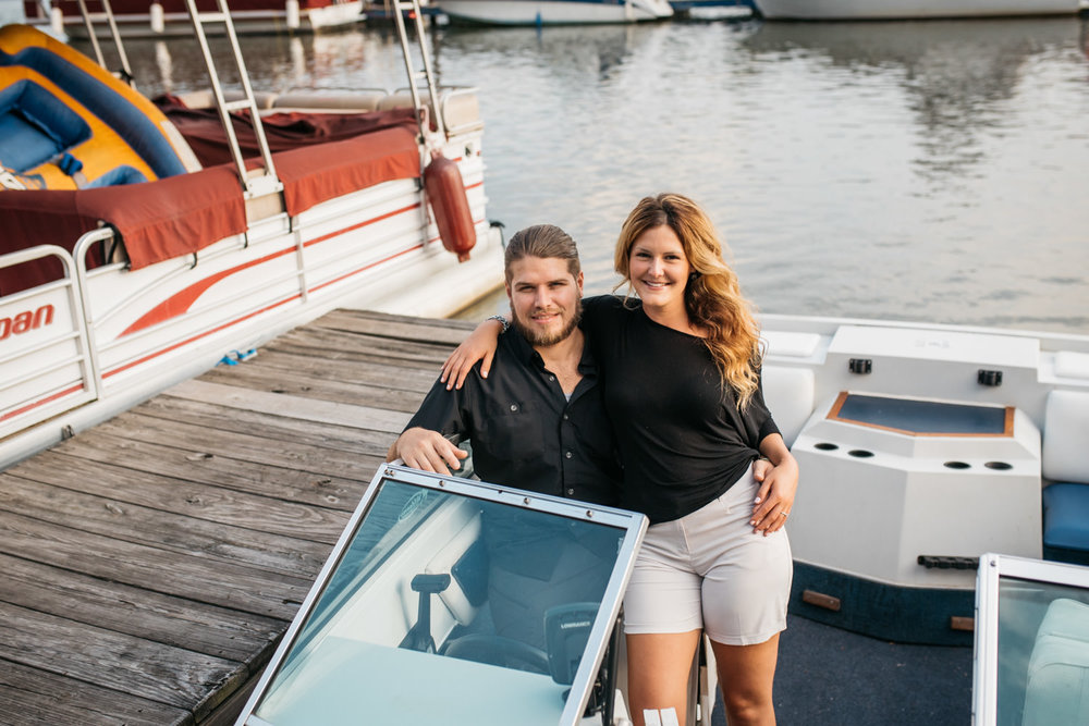 pittsburgh_boat_engagement_session_-37.jpg