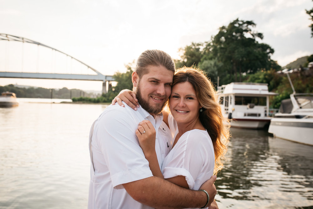 pittsburgh_boat_engagement_session_-44.jpg