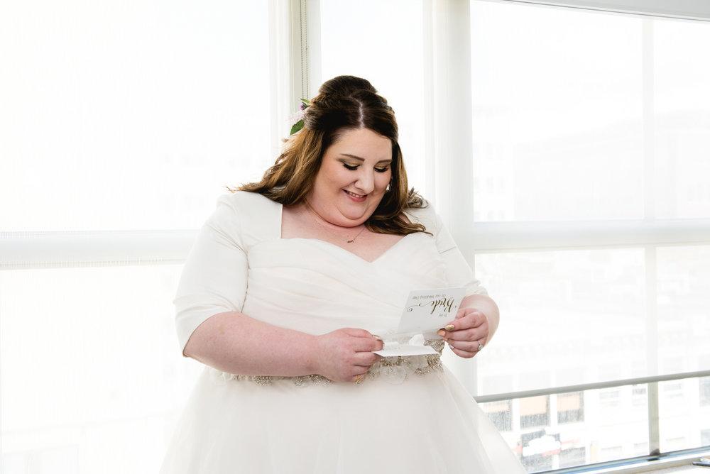 Pittsburgh_National_Aviary_Wedding_Photos_0.jpg