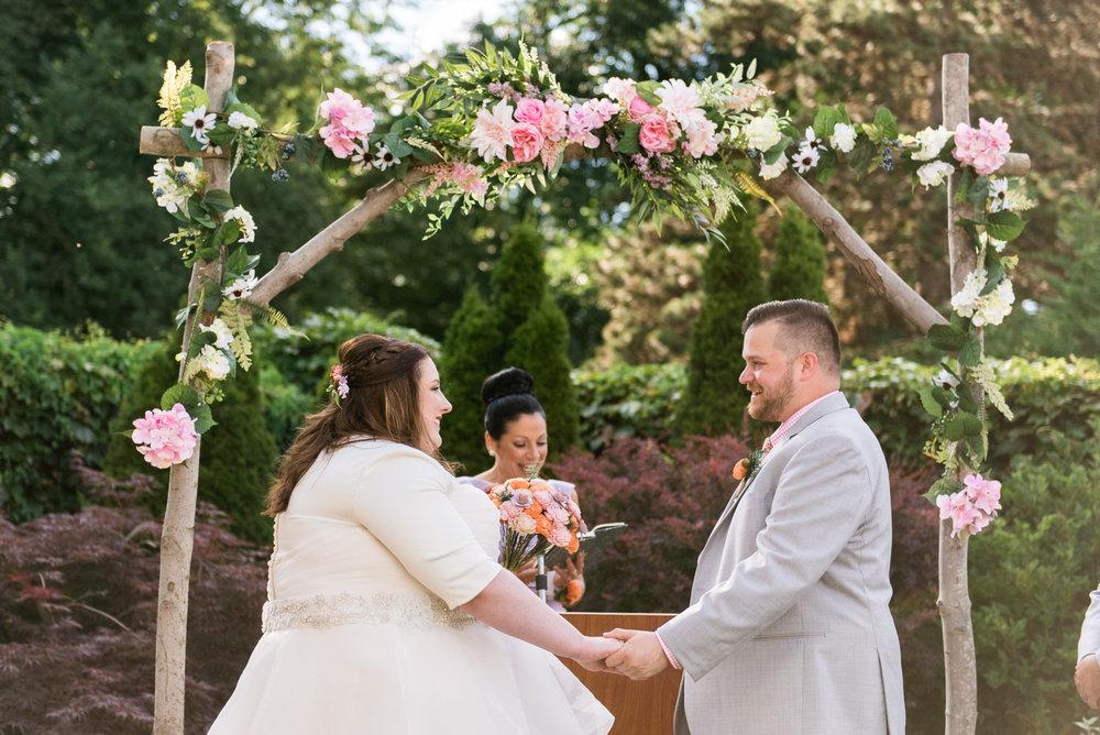 Pittsburgh_National_Aviary_Wedding_Photos_24.jpg