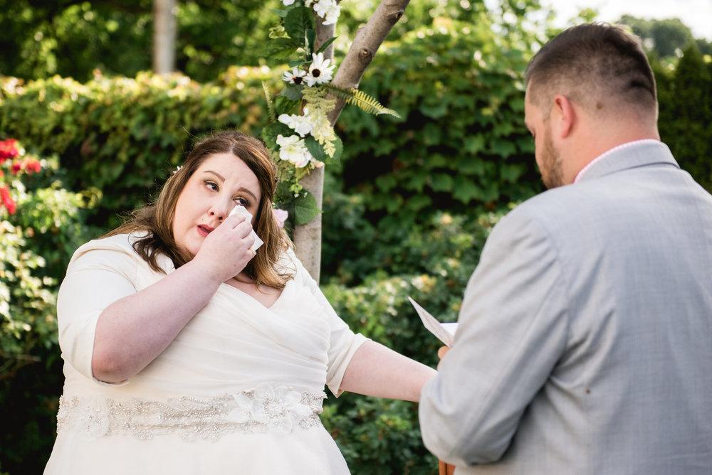 Pittsburgh_National_Aviary_Wedding_Photos_25.jpg