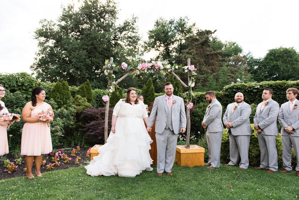 Pittsburgh_National_Aviary_Wedding_Photos_26.jpg