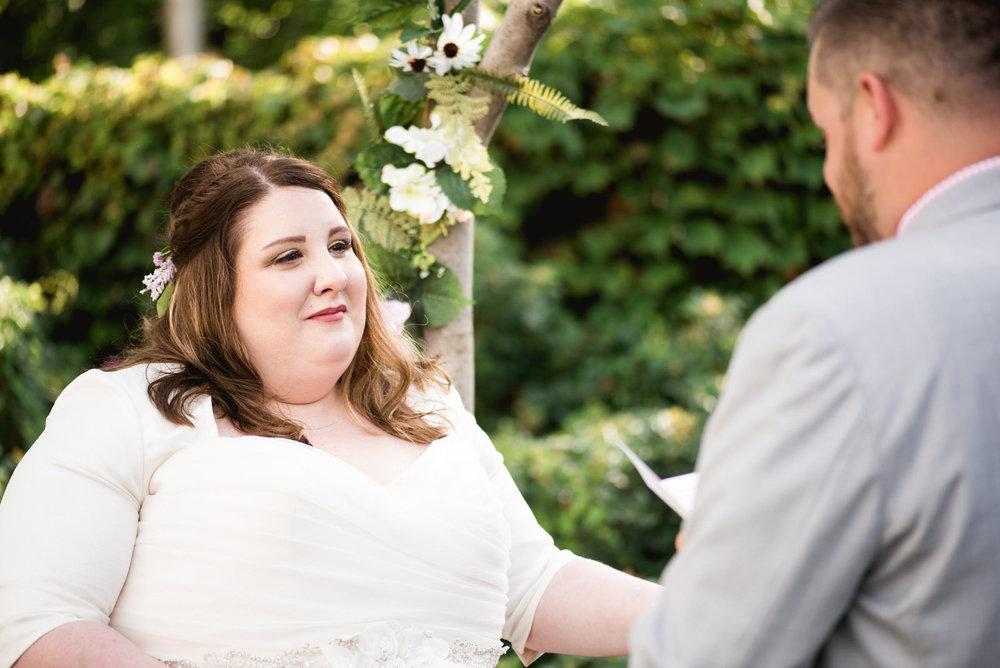 Pittsburgh_National_Aviary_Wedding_Photos_50.jpg