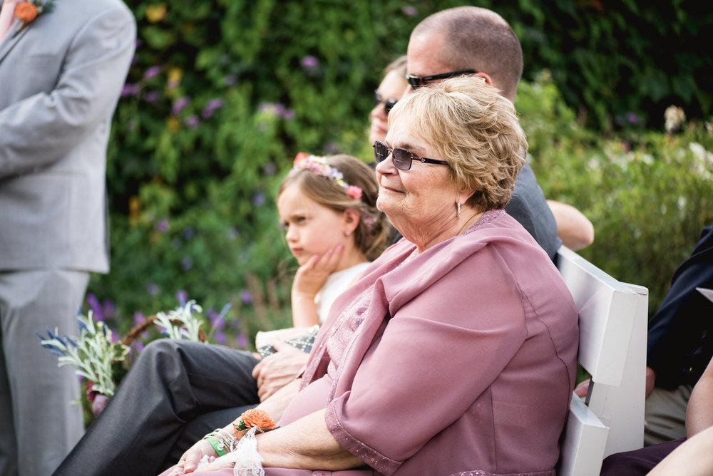 Pittsburgh_National_Aviary_Wedding_Photos_51.jpg