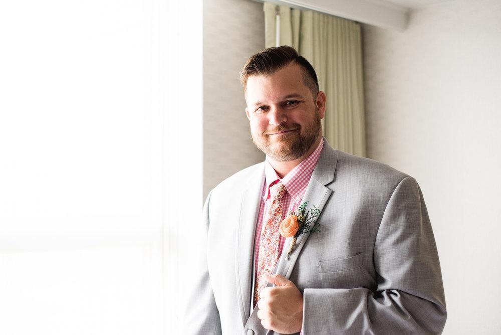 Pittsburgh_National_Aviary_Wedding_Photos_57.jpg