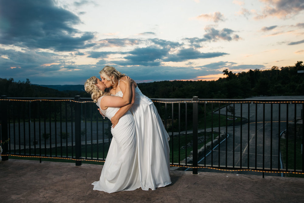 the_sunset_room_pittsburgh_weddings_2.jpg