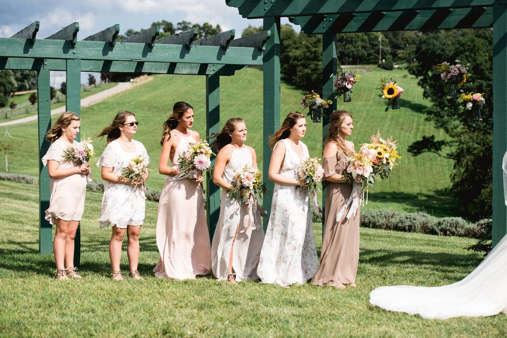 destiny-hill-farm-wedding-photos-pittsburgh-wedding-photographers-48.jpg