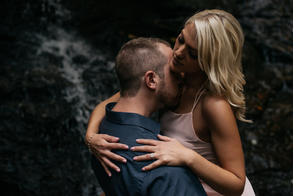 western_pa_engagement_photographer_001.jpg