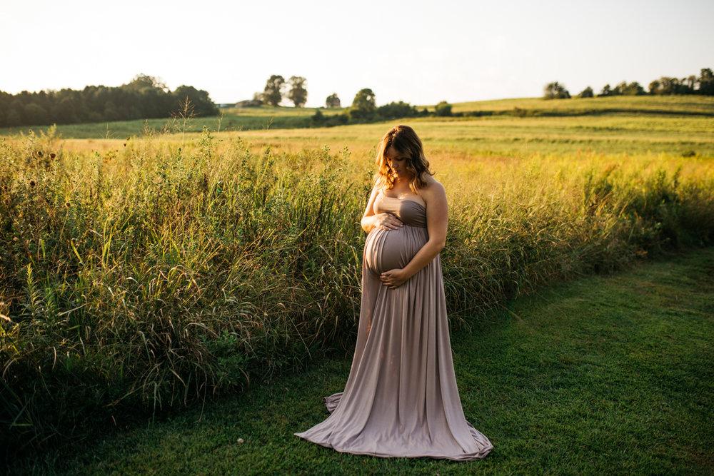 westmoreland-maternity-photographer_22.jpg