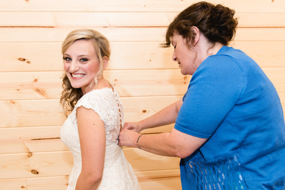 wedding_at_red_fox_winery_wedding_photographer008.jpg