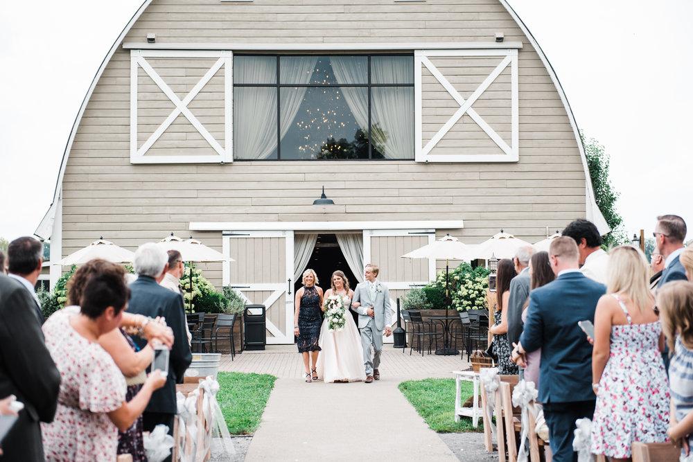 iron_mill_farmstead_wedding_014.jpg