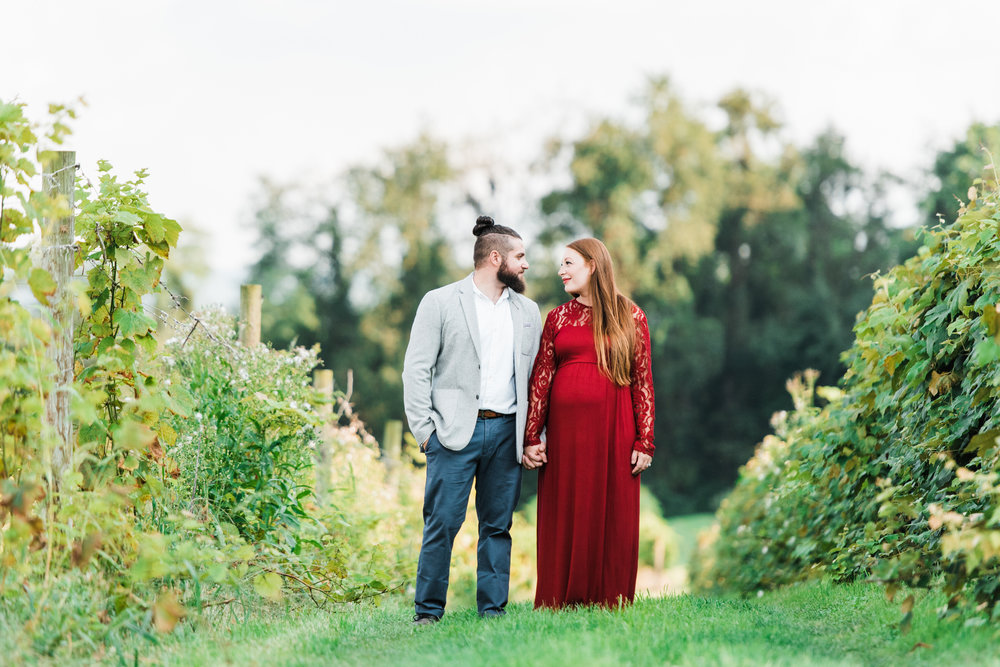 pittsburgh-maternity-photographers-winery-apple-orchard-session_35.jpg