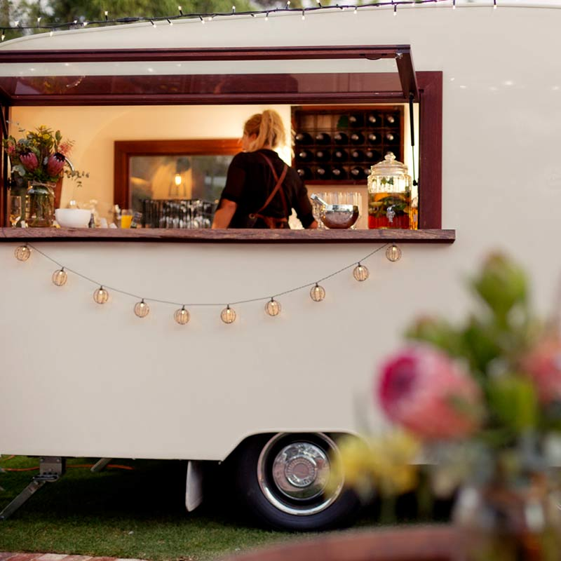 CHARLIE & COLLETTE : VINTAGE CARAVAN BAR