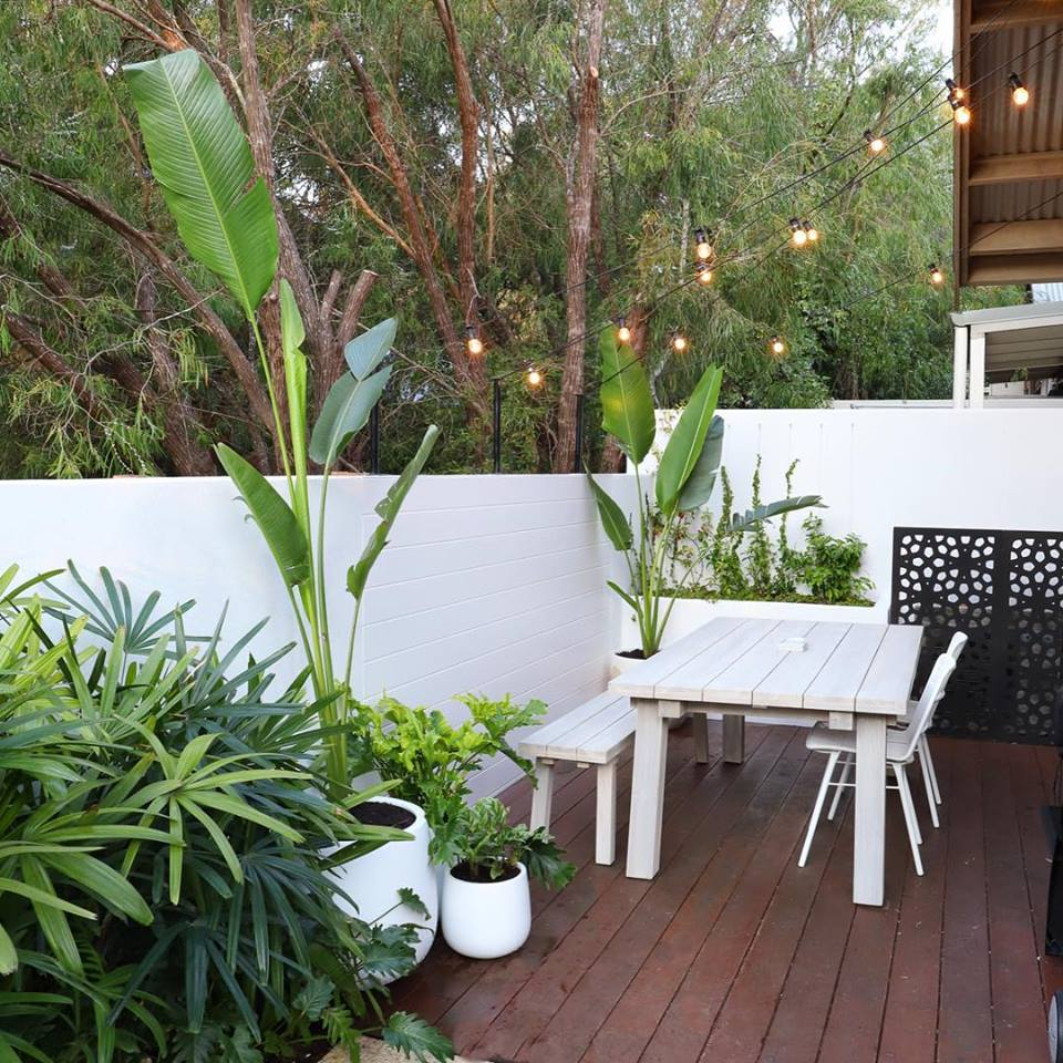 THE VILLA MARGARET RIVER  v alued atfers something a bit different to your average Margaret River tour. Micro adventures to explorations like no other.  fers something a bit different to your average Margaret River tour. Micro