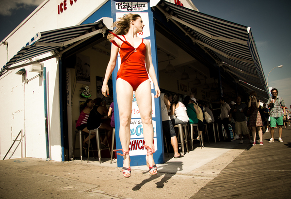 Jocelyn Mandryk,  Coney Island Glamour NYC with Model Lauren Fritsch