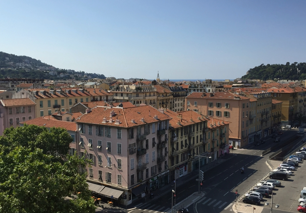 summer trip to the french riviera backpacking with the bonds. Black Bedroom Furniture Sets. Home Design Ideas