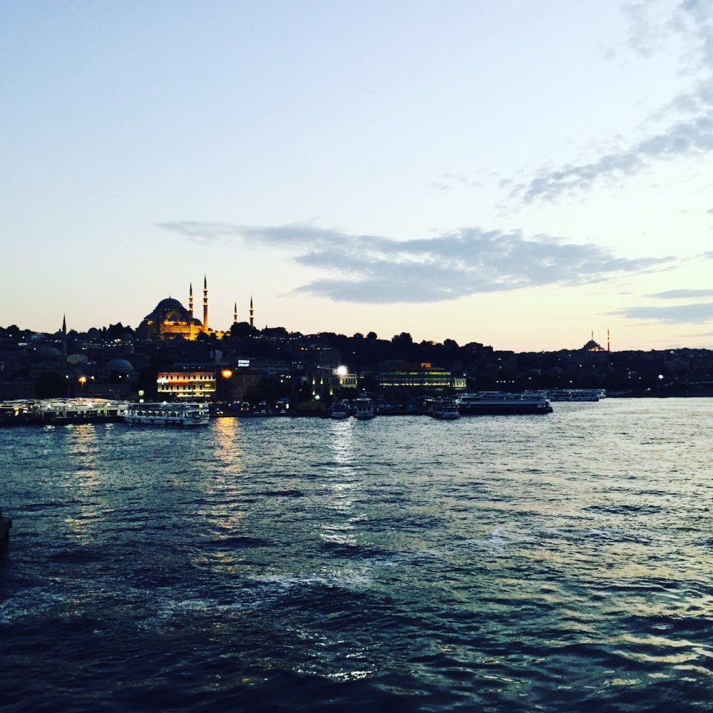 24 Hours in Istanbul - .