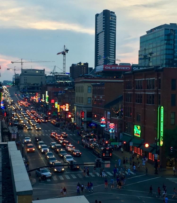 honky-tonk-Nashville-Tennessee