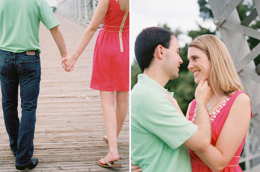 waco.texas.bridge.park.engagement.photography