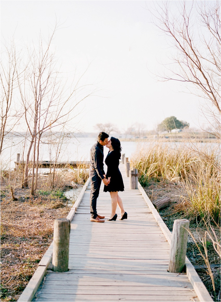 WhiteRock.Lake.Dallas.Texas.Engagement.Photography_0026.jpg